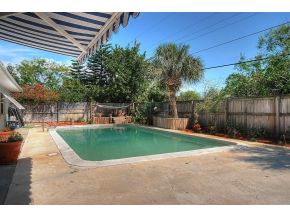 Indian Harbour Beach pool home