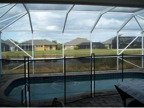 Viera lakefront pool home